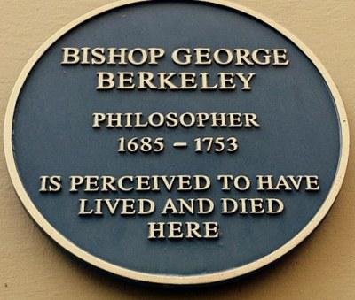 Plaque on one of the buildings on Holywell Street now belonging to Harris Manchester College (Photo: Giuseppina D'Oro)